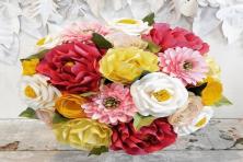 Thực hiện tự làm hoa cưới bằng giấy đơn giản mà lạ mắt