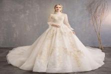 Tham khảo những chiếc váy cưới công chúa đẹp ngất ngây